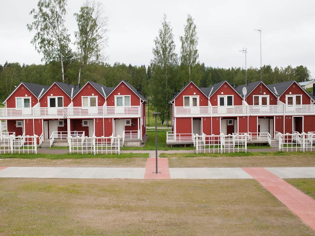 Apart - 2 bedrooms (2A,E; 4A,B)