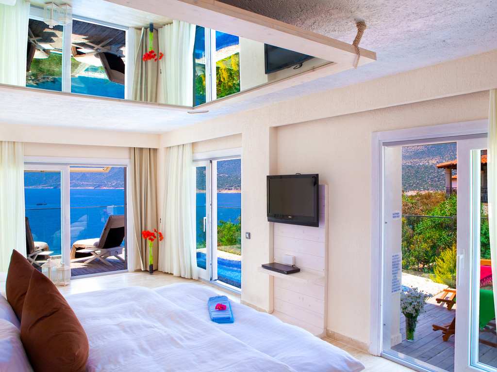 Superior Rooms With Private Pool