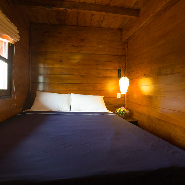 Double-bedded cabin along Cai Be - Can Tho